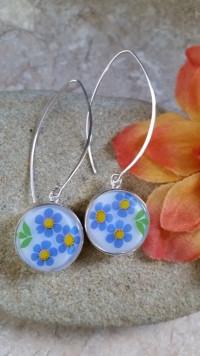 """""""Flower Power"""" 1960's era Glass Button Earrings   #FPE"""