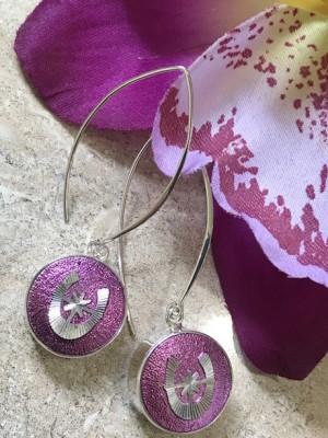Fun Vintage 1960's Purple Horseshoe Button Earrings   #XDT6